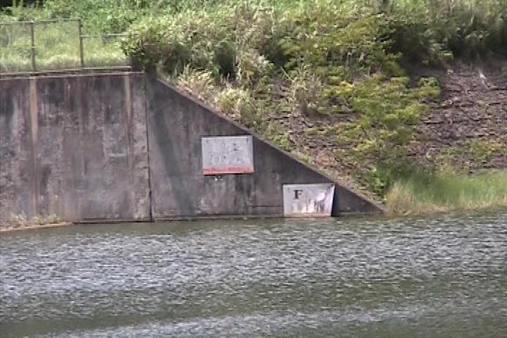 神嶺ダムの水位確認