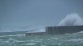 台風18号の波