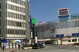新宿・明治安田生命ビル付近