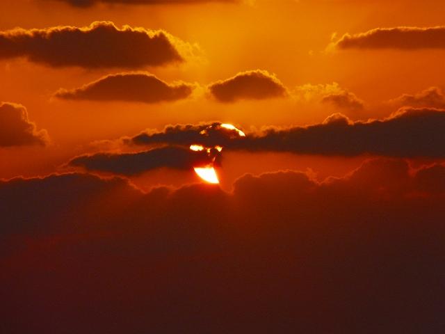 徳之島の部分日食 No1