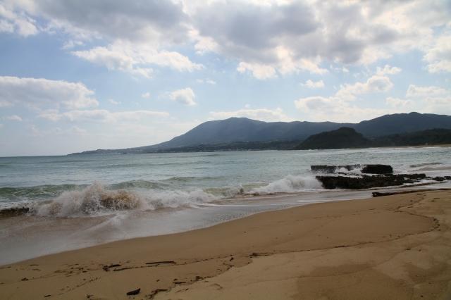 フンニャト浜