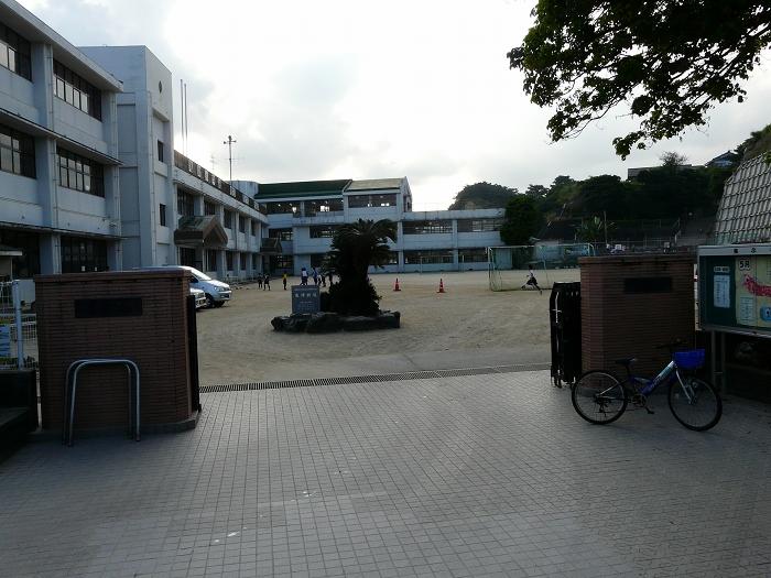 徳之島町立亀津小学校