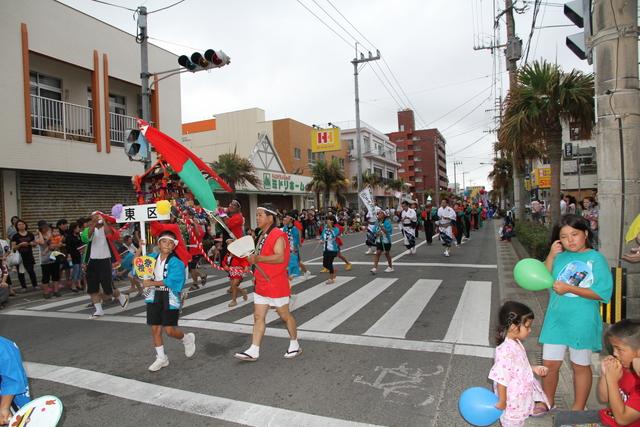 どんどん祭り パレード(東区)