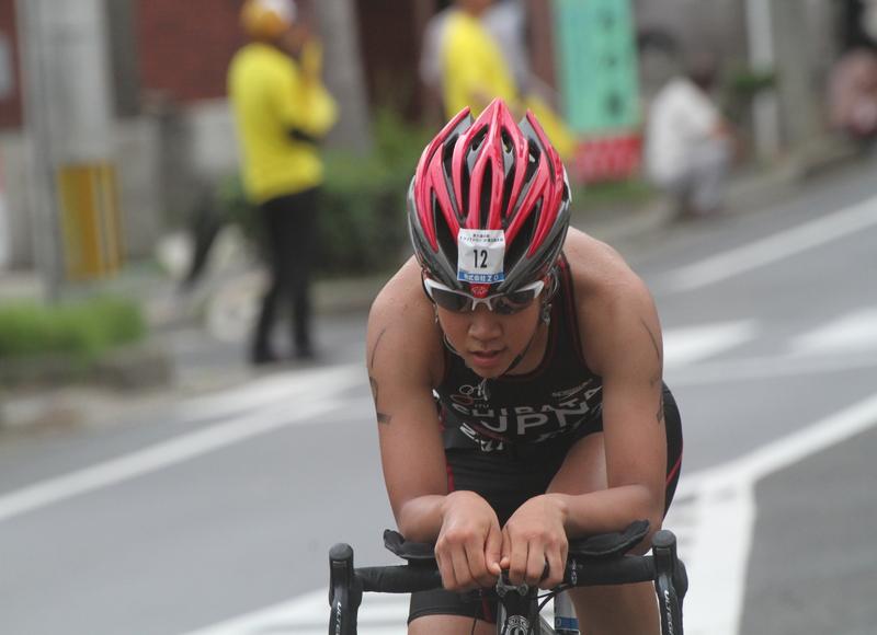 2014トライアスロンIN徳之島(写真)6位通過選手
